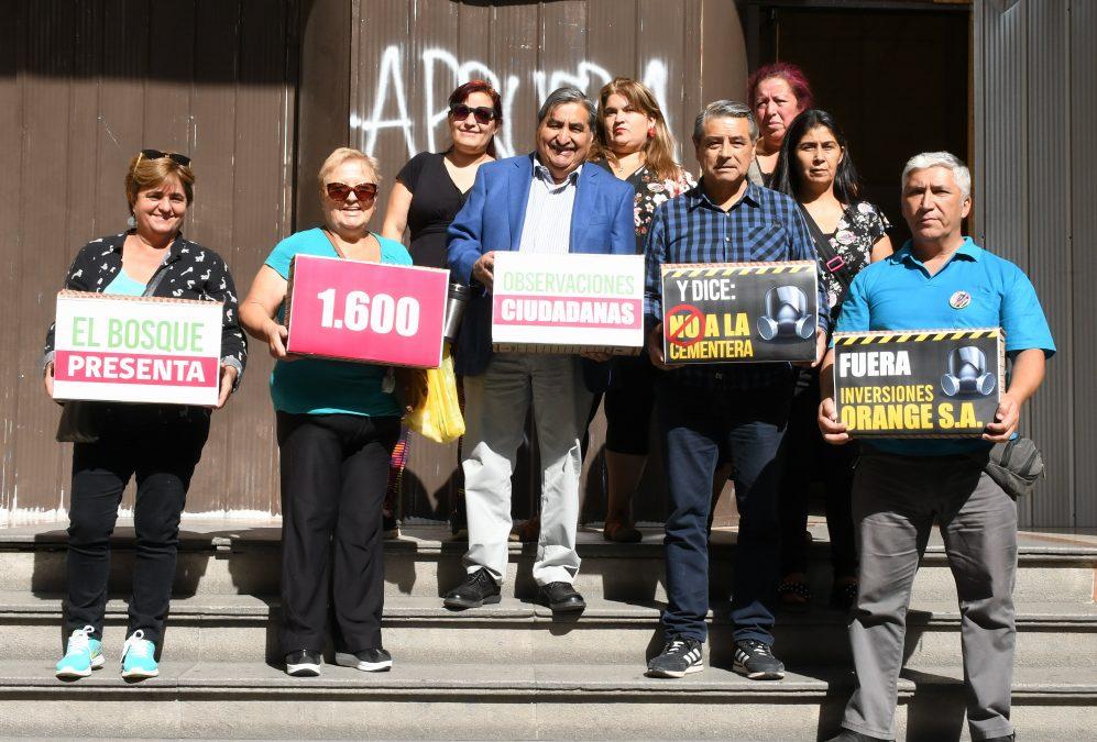 Vecinos y vecinas de El Bosque presentan 1600 observaciones en rechazo a proyecto de Megacementera